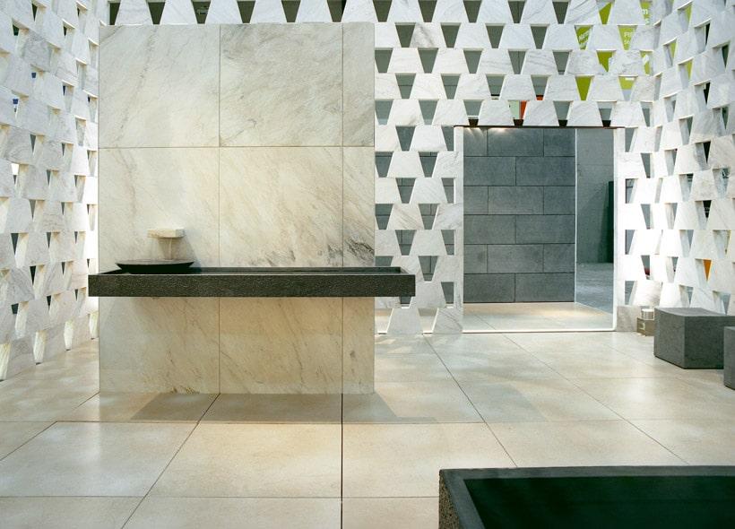 Hochwertige Wand- und Bodenbeläge aus Naturstein
