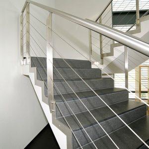 Natursteinplatten für Treppe
