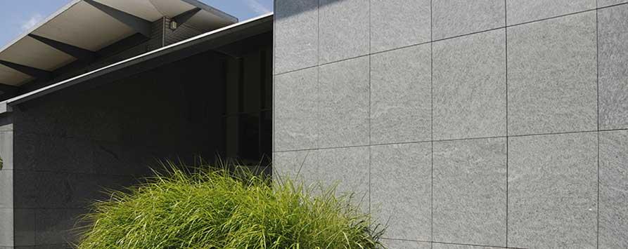 Wand - und Bodenbeläge aus Naturstein