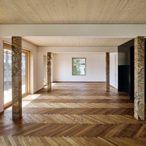Hochwertige Wand- und Bodenbeläge auch in Parkett Optik